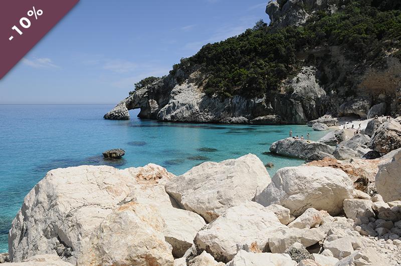 voyager_sur_un_catamaran_circuit_sardaigne_en_liberte_a_la_voliere_du_no_mad_en_ile_de_france