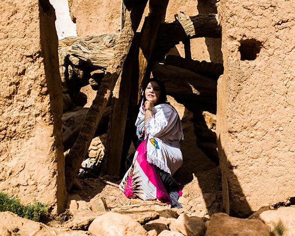 En_terre_indigene_la_voix_des_femmes_autochtones_Anne_Pastor_invite_Mika_Kanane
