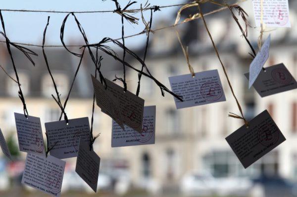 NoMadFestival_sur_le_stand_de_la_revue_bouts_du_monde_